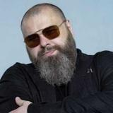 Стало известно, почему Максим Фадеев неожиданно закрыла свой продюсерский центр и расторгла контракты со всеми артистами