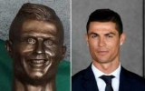 Автор весело статуя Криштиану Роналду его снова