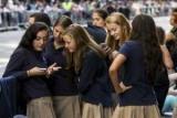 Американским школьникам пообещали деньги за проведенное без гаджетов лето