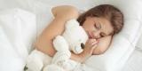 Врачи рассказали, почему спать на левом боку полезно