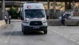 В Стамбуле автомобиль врезался в толпу пешеходов
